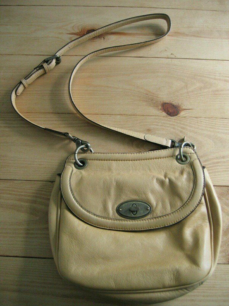 d3e18c06e5d1 MANTARAY YELLOW COLOUR LEATHER CROSSBODY BAG SHOULDER BAG, BY DEBENHAMS. |  in Burnopfield, Tyne and Wear | Gumtree