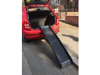 Folding dog ramp for car. Can take weight up to 35 kg