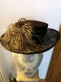 Feather detail hat