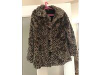 Girls fur coat £5