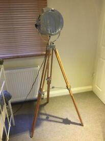 Alfred Tripod floor lamp from MADE