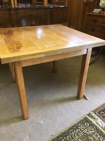 Vintage Extending draw Leaf dining table
