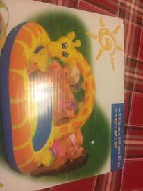Giraffe Splash Baby Pool