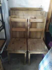 Mexican pine dining table with 2 chairs