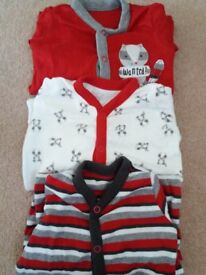 3 mothercare new up to 3 months (6.5kgs) sleepsuits