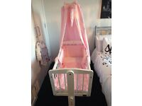 Baby girls vib crib