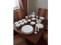 Royal Grafton 'Majestic' fine bone china dinner service