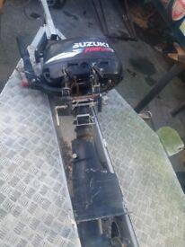 Suzuki 4 horsepower 4 stroke outboard engine
