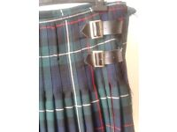 KILT mckenzie tartan 36 / 38 w 16oz %100 wool As new