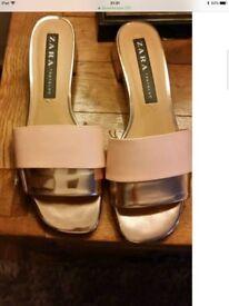 Zara Gold & Peach sandal size 4