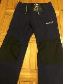 Ski or Boarder pants /Salopettes mens West Beach