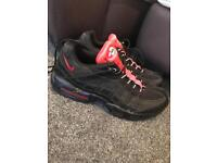 Men's Nike 95's black and red. Size 12