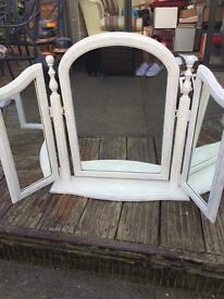 Dressing table mirror and dress mirror