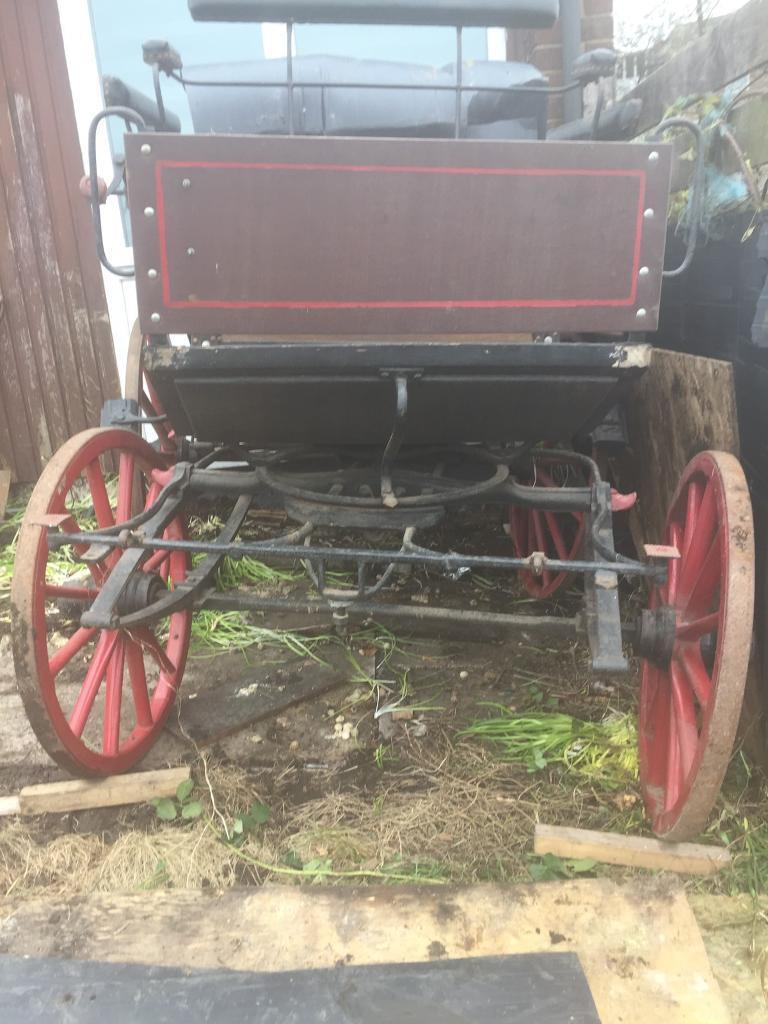 1900 Carriagein Rochdale, ManchesterGumtree - Here are 2 carriages for sale . The sale is £550.00, ONO each . Will take a sensible offer for both . No shafts