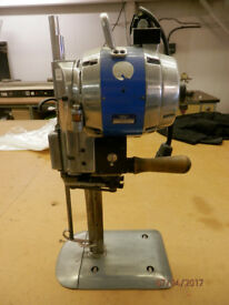 Eastman 629 Bluestreak II 8″ Straight Cloth Cutting Machine Fabric Cutter