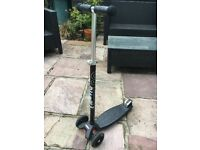 Black Maxi Micro Scooter - Excellent condition