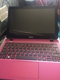 Acer aspire touchscreen netbook pink Windows 7 500gb hard drive 2gb ram wifi webcam charger