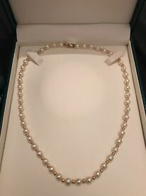 9ct gold culture freshwater pearl necklace and bracelet set
