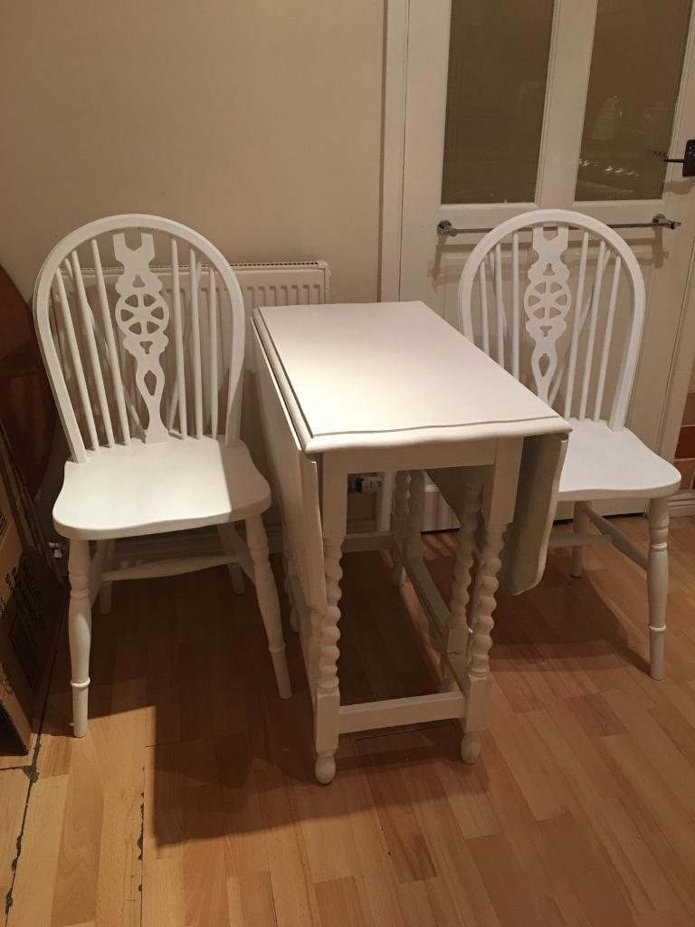 lovely solid wood drop leaf dining kitchen table and