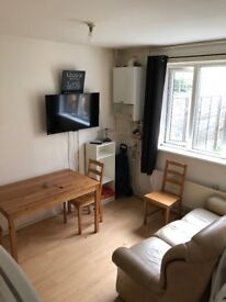 TWIN ROOM - 1 BED AVAILABLE
