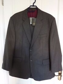 NEW with Tags, Scott-International 41S Jacket/Trouser Suit, Grey with Red Stripe
