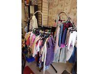 Circular clothes rail
