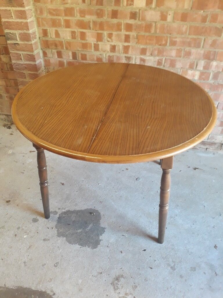 Solid Wood Round Dining Table Oak Top To Seat 4 Vgc Shabby