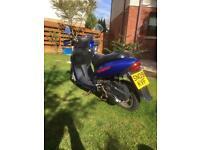 2 scooter s for spares or repair