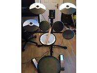 Roland TD1KV Electronic Drum Kit with Mesh head snare, and Mapex Stool