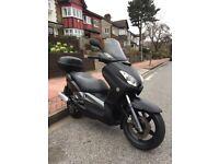 (((MATT BLACK :2008 YAMAHA XMAX 125cc:£1100)))