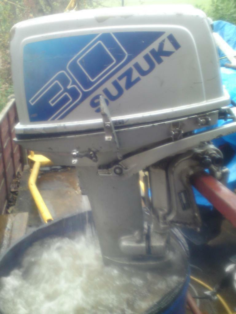 Suzuki dt 30 hp outboard engine in manchester gumtree for 30 hp outboard motors
