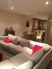 Room on Ashley Courtyard Lisburn road with secure parking
