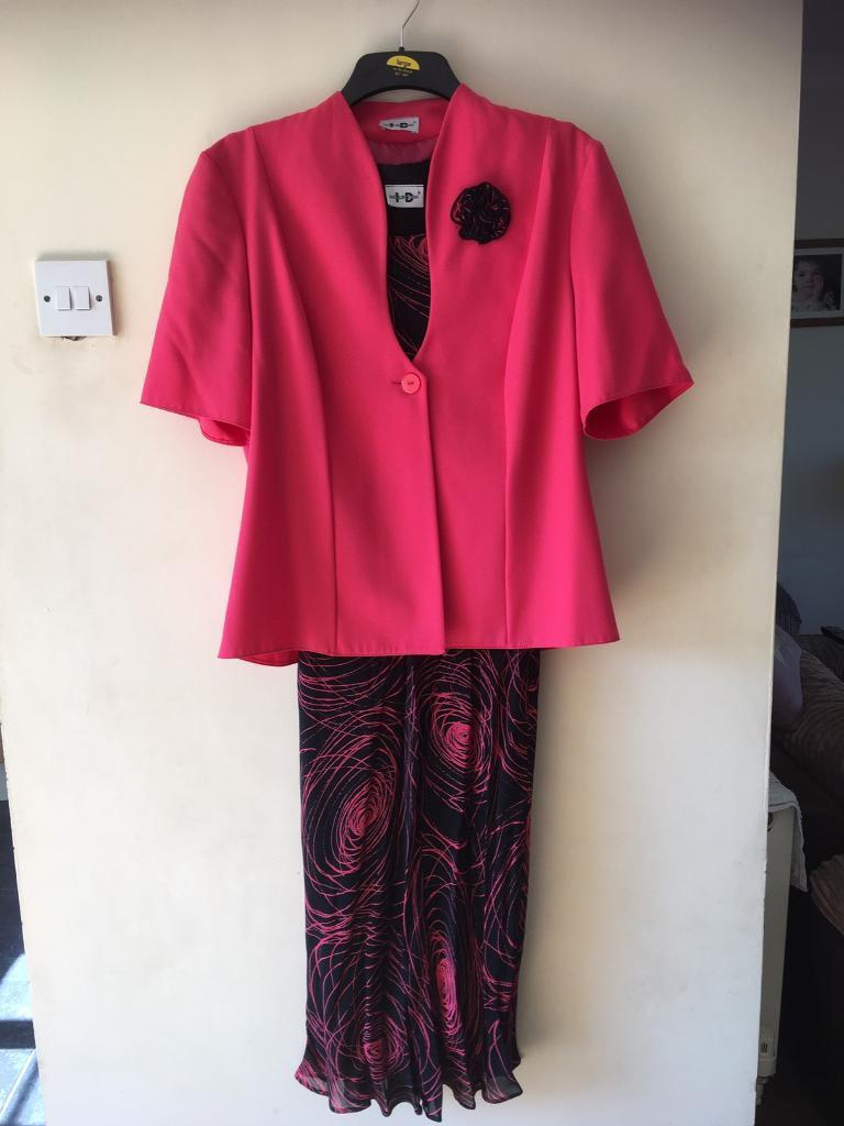 Dress and jacketin CaerphillyGumtree - Dress and matching jacket, both size 14, cap sleeve dress, brand new , excellent condition, perfect for a special occasion. Pick up only