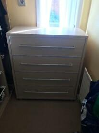White oak style chest of drawers