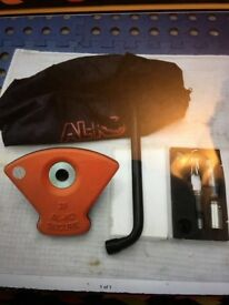 Alko wheel lock 2 keys. Excellent condition
