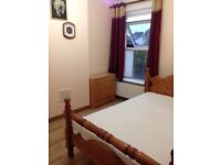 Spacious double room ..all bills included..free wifi