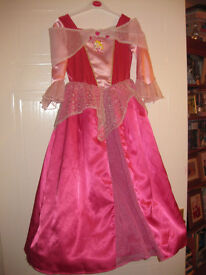 BEAUTIFUL SLEEPING BEAUTY DRESS age 5-7 - with HOOP - IMMACULATE - REDUCED to £10