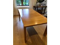Dining table - extendable 6-10