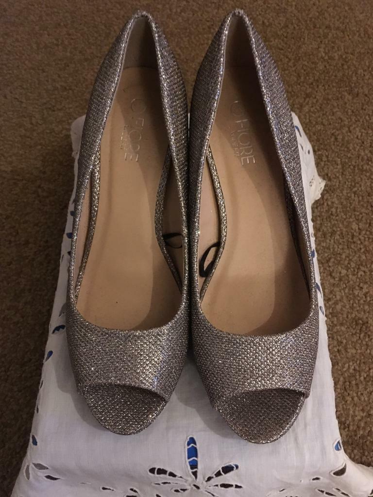 e0ef60fa3 4 images Ladies silver sparkle high heeled shoes Size 5 Sherwood ...