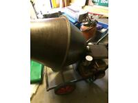Cement mixer petrol engine