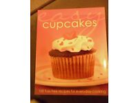 new book EASY CUPCAKES