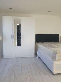 En suite Double room to let!