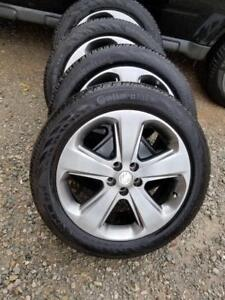 LIKE BRAND NEW  BUICK ENCORE FACTORY OEM 18 INCH WHEELS WITH HIGH PERFORMANCE CONTINENTAL 215 / 55 / 18 ALL SEASONS