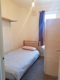Spacious Single Room to Rent in a Shared House, Dagmar Gardens, Brondesbury Park.