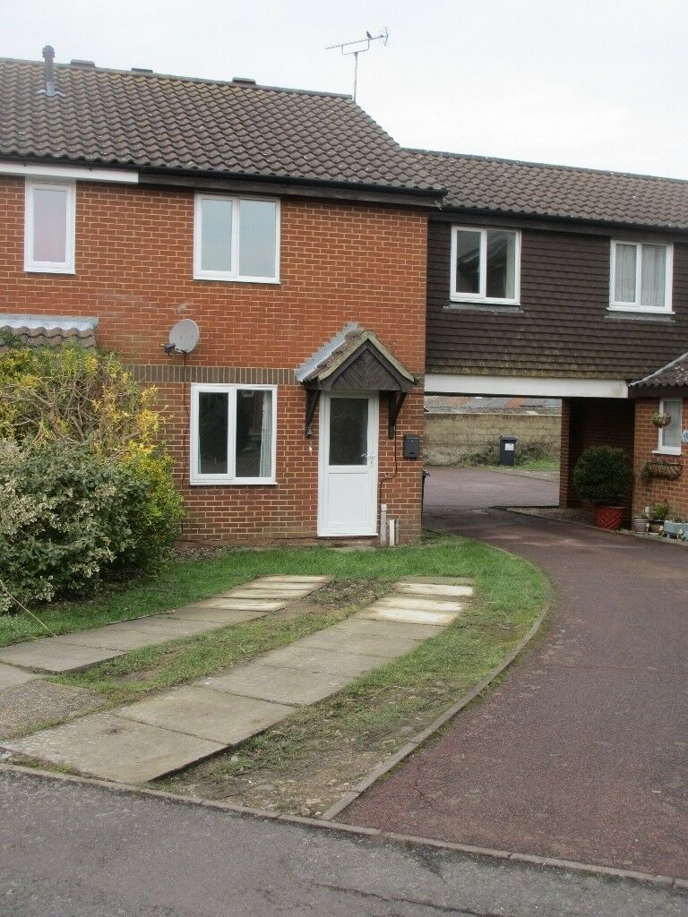 3 bedroomed unfurnished compact house in a quiet