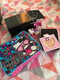 Hello Kitty Lunch Bag Jewellery Stand and Photo Frame