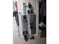 cycle carriers to fi roof bars with keys