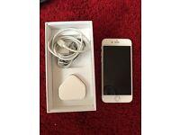 I phone 6 -white 64 GB on O2 network