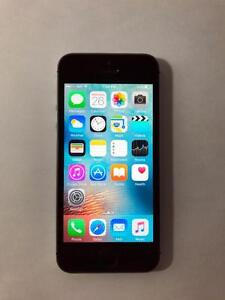 FACTORY UNLOCKED Space Grey 16GB iPhone 5S (A Condition) -- BLOWOUT! -- [8832]