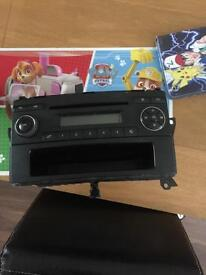 Mercedes Benz cd radio player very good con £40 have few off
